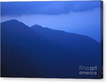 Presidential Range - White Mountains Nh Usa Canvas Print by Erin Paul Donovan