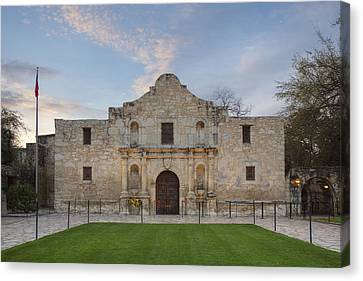 Quiet Morning At The Alamo 4 Canvas Print by Rob Greebon