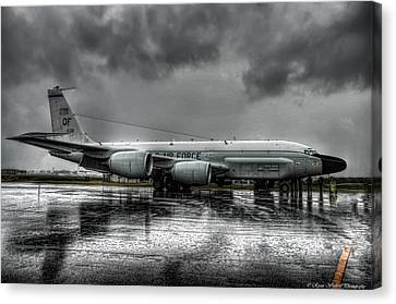 Air Force Canvas Print featuring the photograph Rc-135vw by Ryan Wyckoff