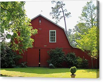 Red Barn Canvas Print by Suzanne Gaff