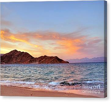 Red Sea Sunset On The Egyptian Coast Canvas Print by Chris Smith
