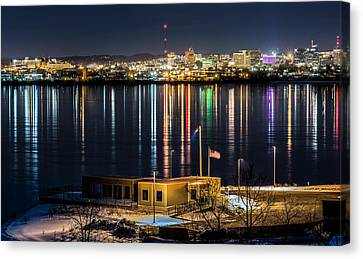 Reflections Of Syracuse Canvas Print by Everet Regal