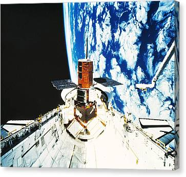 Repaired Solar Maximum Misson Onboard Canvas Print by NASA / Science Source