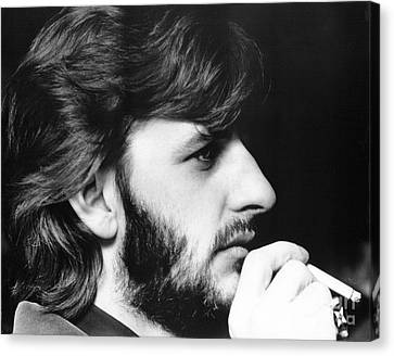 Ringo Starr In 1972 Canvas Print by Chris Walter