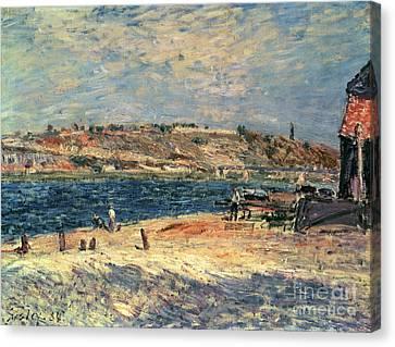 River Banks At Saint-mammes Canvas Print by Alfred Sisley