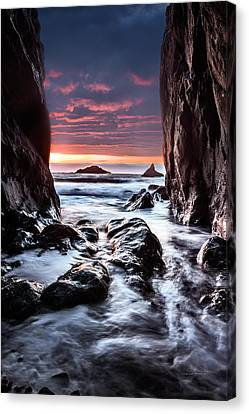 Rocky Cove Sunset Canvas Print by Leland D Howard