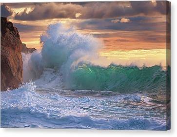 Rough Sea 9 Canvas Print by Giovanni Allievi