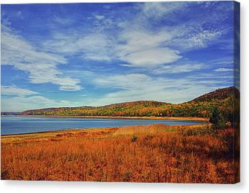 Round Valley State Park Canvas Print by Raymond Salani III