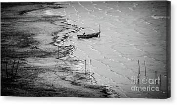 Rowboat On Lake Trasimeno Canvas Print by Helen Woodford