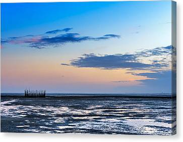 Canvas Print featuring the photograph Running Out Of Time by Thierry Bouriat