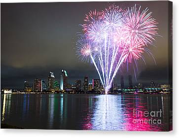 San Diego 4th Of July Fireworks Canvas Print by Razyph
