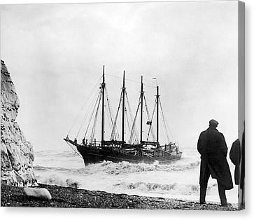Schooner Shipwreck Canvas Print by Underwood Archives