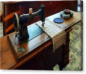 Sewing Machine And Pincushions Canvas Print by Susan Savad