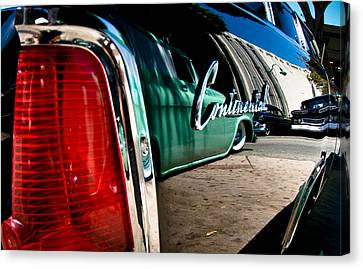 Showlow And Tribe In The Mirror Canvas Print by Michael Kerckaert