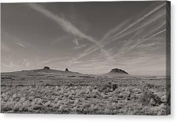 Sky Trails Canvas Print by Gordon Beck