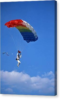 Skydiving - 1 Canvas Print by Randy Muir