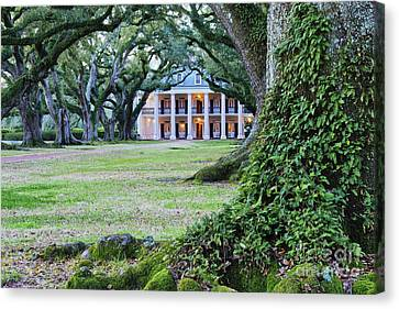 Southern Manor Home Canvas Print by Jeremy Woodhouse