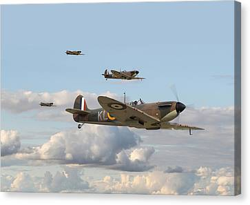 Spitfire - 54 Squadron Canvas Print by Pat Speirs