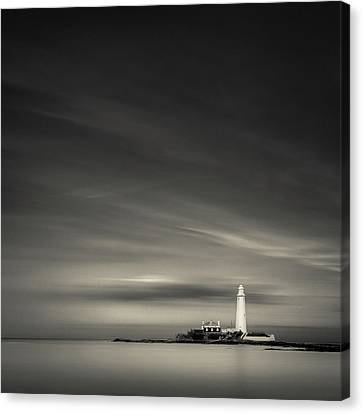 St. Mary's Lighthouse Canvas Print by Dave Bowman