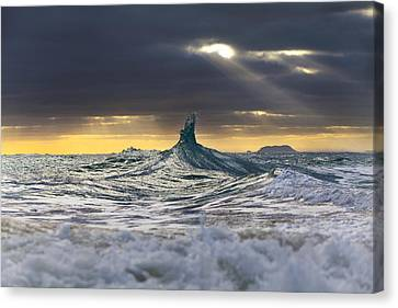 Stair-wave To Heaven Canvas Print by Sean Davey