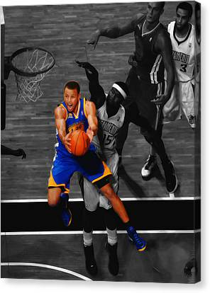 Stephen Curry In Flight Canvas Print by Brian Reaves