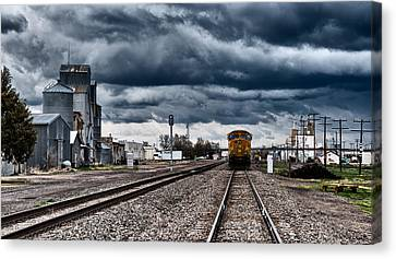 Sterling Colorado Storms Canvas Print by Darren  White