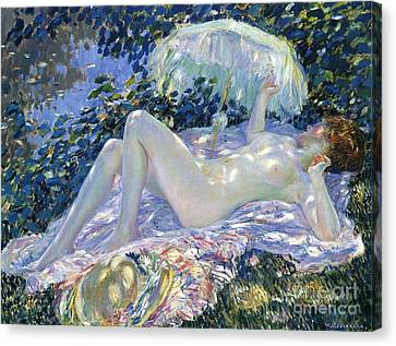 Sunbathing Canvas Print by Frederick Carl Frieseke