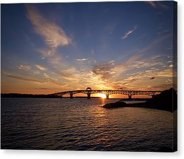 Sunrise On The York River Canvas Print by Rachel Morrison