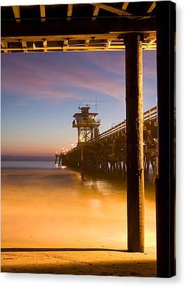 Sunset At San Clemente Canvas Print by Cliff Wassmann