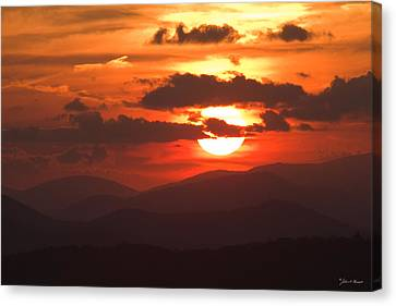 Sunset From The Blue Ridge Parkway Canvas Print by John Harmon
