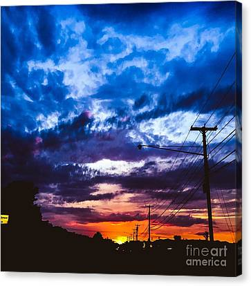 Sunset In Lewiston Canvas Print by Victory Designs