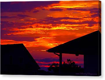 Sunset Va 4736 Canvas Print by PhotohogDesigns