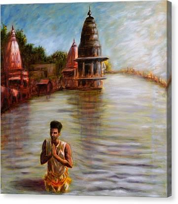 Suryanamaskar At Haridwar Canvas Print by Uma Krishnamoorthy