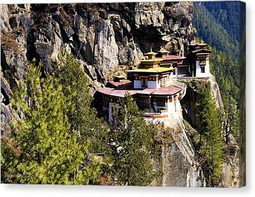 Taktsang Monastery  Canvas Print by Fabrizio Troiani