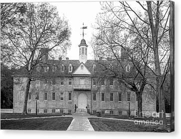 The College Of William And Mary Wren Building Canvas Print by University Icons