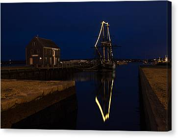 The Friendship Lit For Christmas On Derby Wharf Canvas Print by Jeff Folger