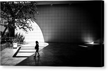 The Getty Museum - Los Angeles, United States - Black And White Street Photography Canvas Print by Giuseppe Milo
