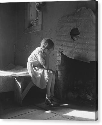 The Great Depression. Young Girl Canvas Print by Everett