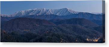The Great Smoky Mountains Canvas Print by Everet Regal