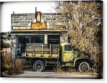 The Green Truck Grocery Market Canvas Print by Humboldt Street
