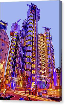 The Lloyds Building In The City Of London Canvas Print by Chris Smith