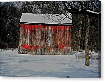 The Old Weathered Barn Canvas Print by Robert Pearson