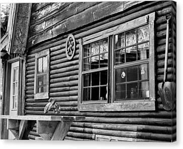 The Ranch House Bw Canvas Print by Christi Kraft