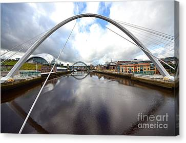 The River Tyne Canvas Print by Stephen Smith