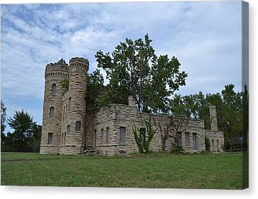 The Workhouse Castle Of Kansas City 2 Canvas Print by Shelley Wood