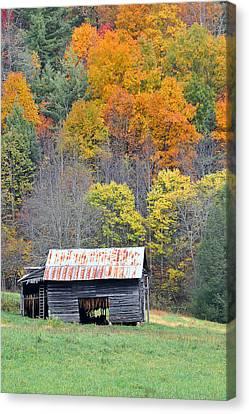 Tobacco Barn Canvas Print by Alan Lenk