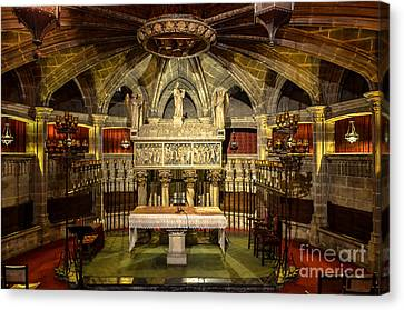 Tomb Of Saint Eulalia In The Crypt Of Barcelona Cathedral Canvas Print by RicardMN Photography