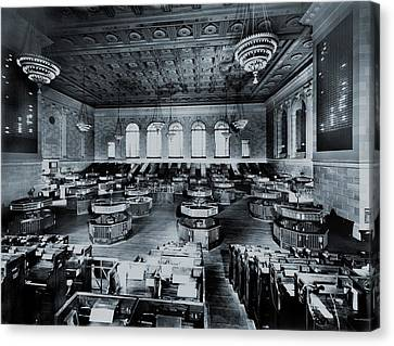 Trading Floor Of The Former New York Canvas Print by Everett