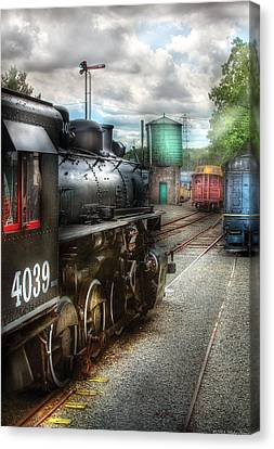 Train - Engine - 4039 - In The Train Yard  Canvas Print by Mike Savad