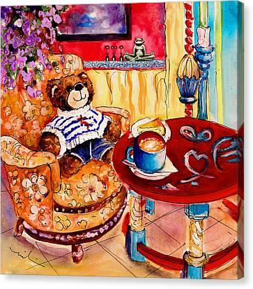 Truffle Mcfurry In Cala Ratjada Canvas Print by Miki De Goodaboom